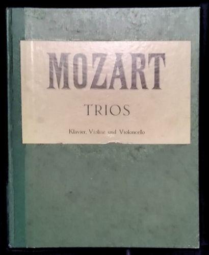 Mozart - Trios (MUSICAL SCORE BOOK)